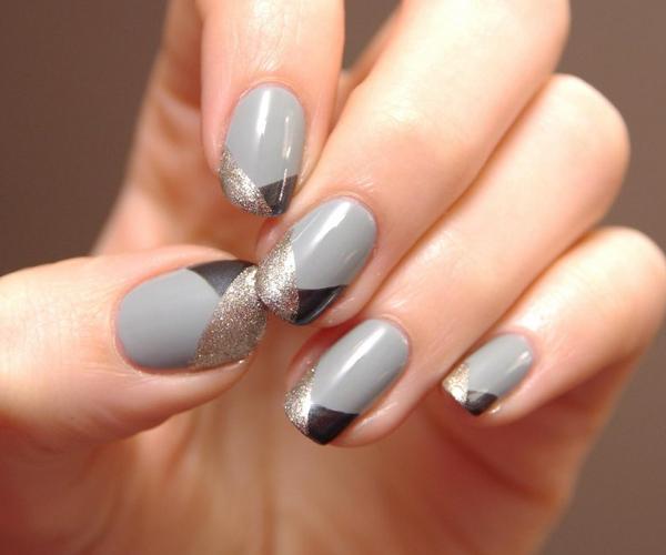 Серый осенний маникюр фото 4
