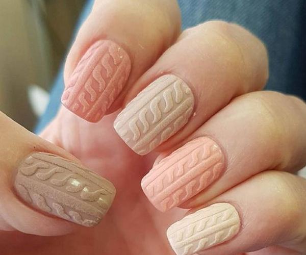 Вязаные узоры на ногтях фото
