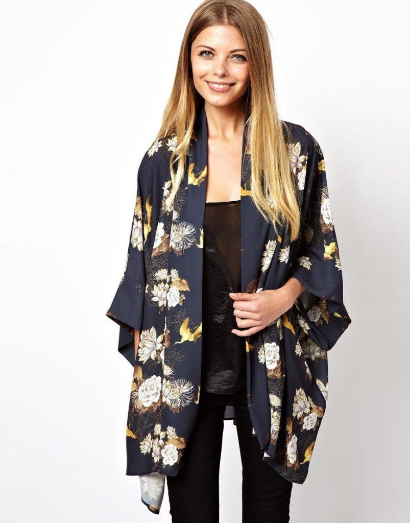 Костюм с жакетом а-ля кимоно, вариант 8