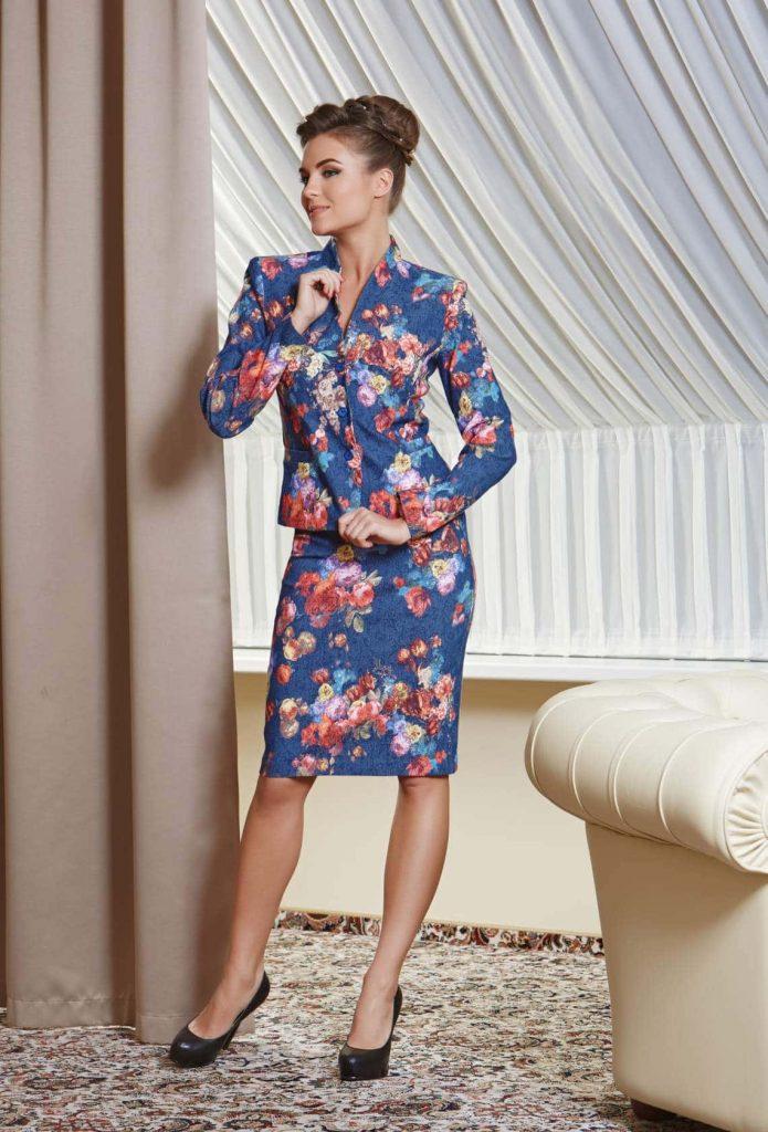 Летний вариант, состоящий из пиджака и юбки, вариант 2