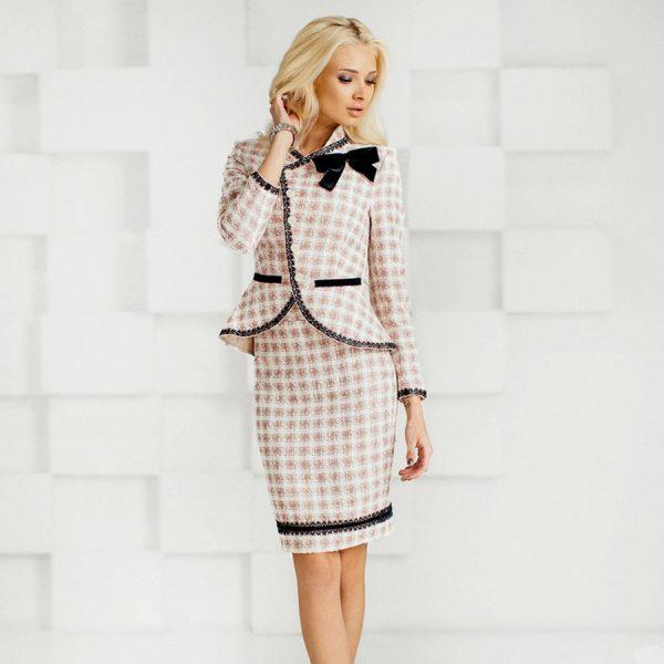 Летний вариант, состоящий из пиджака и юбки, вариант 4